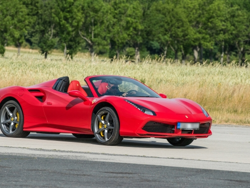 6 okruhů ve Ferrari 488 Spider